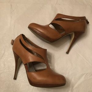 Whie House Black Market brown high heel shoes